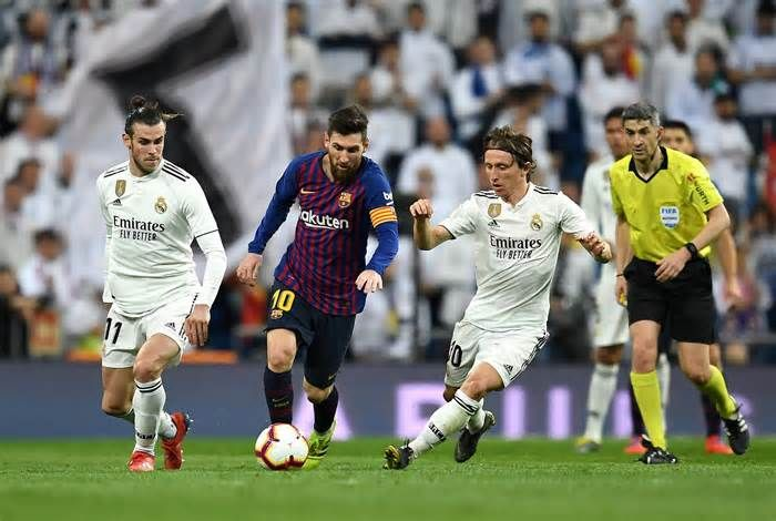 Real Madrid And Barcelona Injury Epidemic Shows There S Simply Too Much Football In The Modern Era Get The Lat Real Madrid And Barcelona La Liga Lionel Messi
