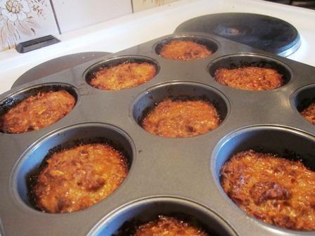 Pikkuunen: Lihapullat muffinssipellillä