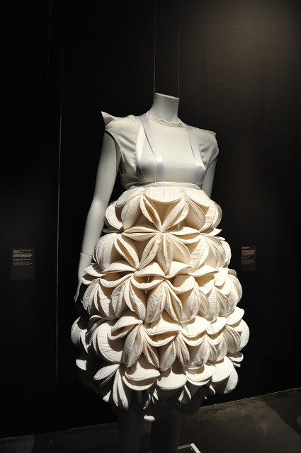 Fashion as Art - sculptural dress with textured 3D petal structure - shape; repetition; fabric manipulation // Winde Rienstra