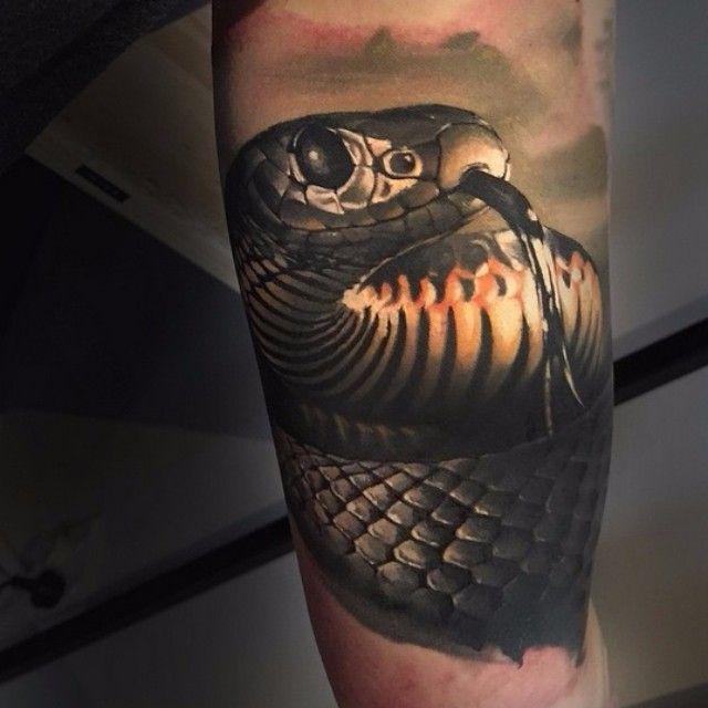 Татуировка черная мамба