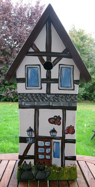 Nistkästen & Vogelhäuser - Vogelhäuschen - Fachwerkhaus - ein Designerstück von personalisiertes bei DaWanda