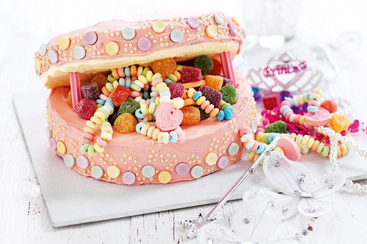 Jewellery box cake http://www.taste.com.au/recipes/25569/jewellery+box+cake #cakes #birthdaycakes #kidscakes