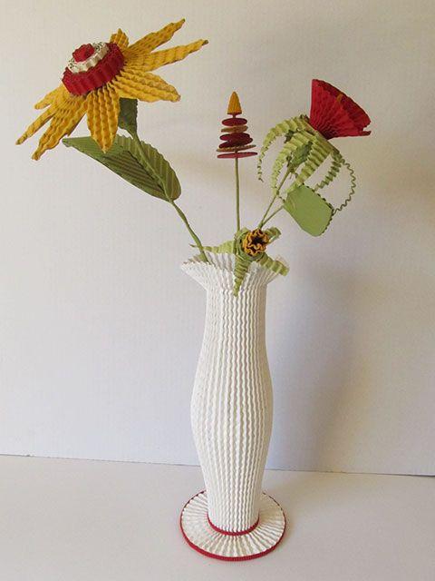 fleurs et vase en carton sarreve©2015
