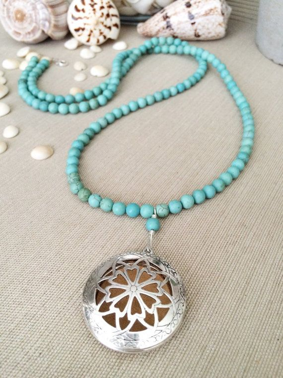 Leichte Türkis Magnesit lange Perlenkette mit von SimplyQuinns
