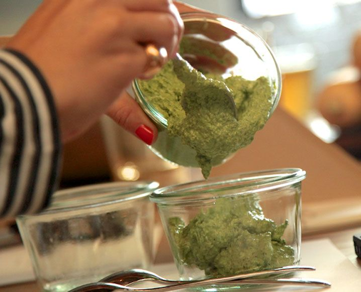 Thanksgiving Recipe: Delicious Vegan Spinach Dip - The Chalkboard