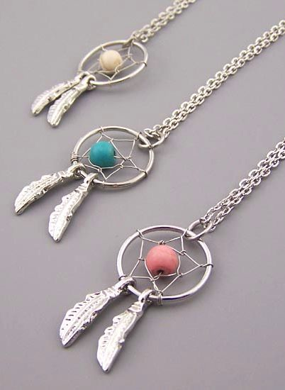 Dream catcher necklace. I like.. Simple. :)