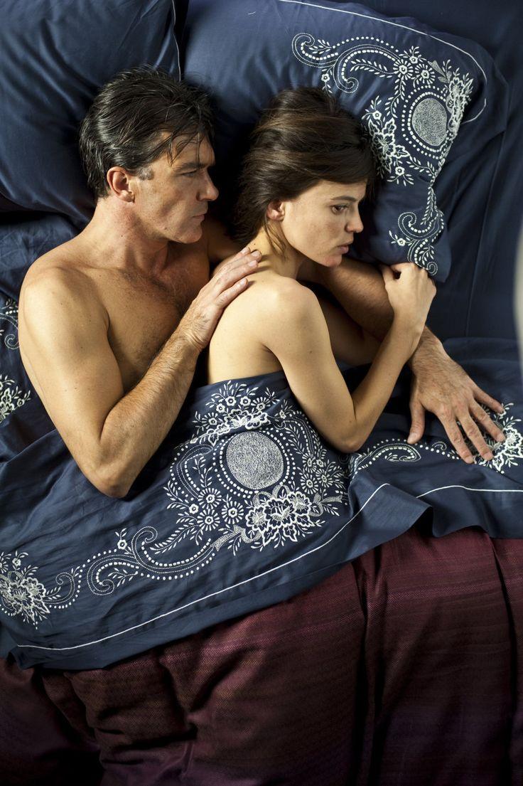 """060 """"El Doctor Robert Ledgard (Antonio Banderas) y Vera Cruz (Elena Anaya)"""" / La piel que habito (2011) / #Almodovar"""