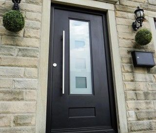 Rockdoor Vogue Black