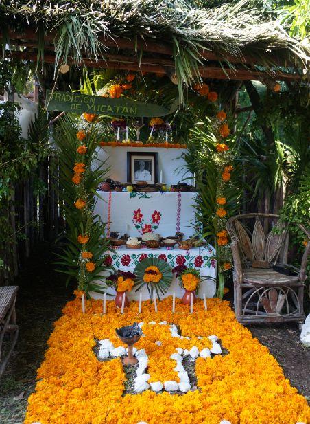 5 tipos de altares de muertos diferentes en México.