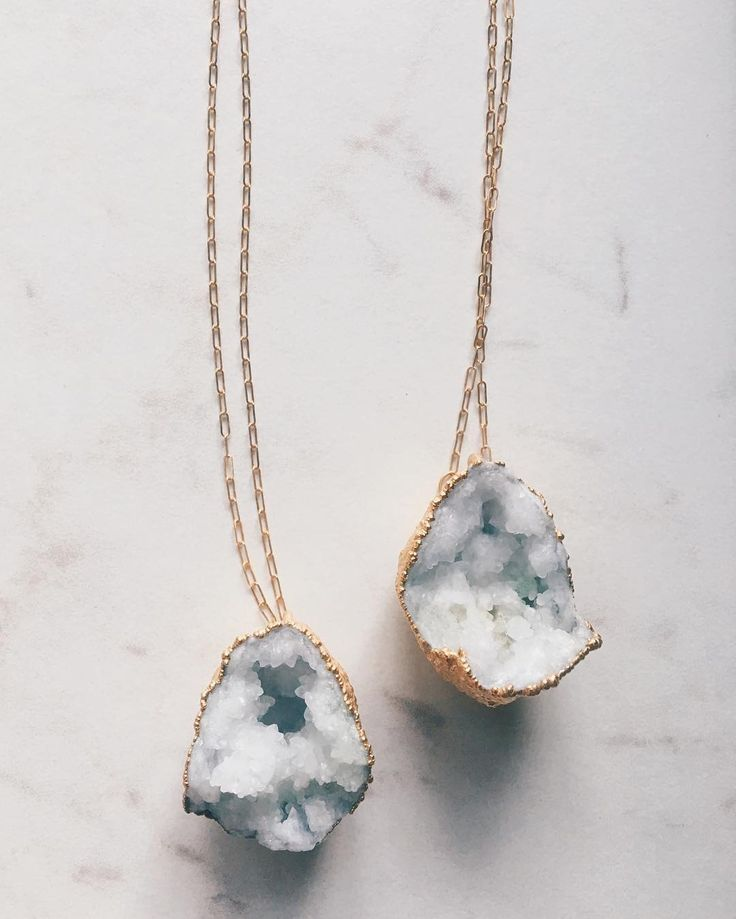 Tag your best friend! Taking #friendship necklaces to a whole new level with interlocking geodes.