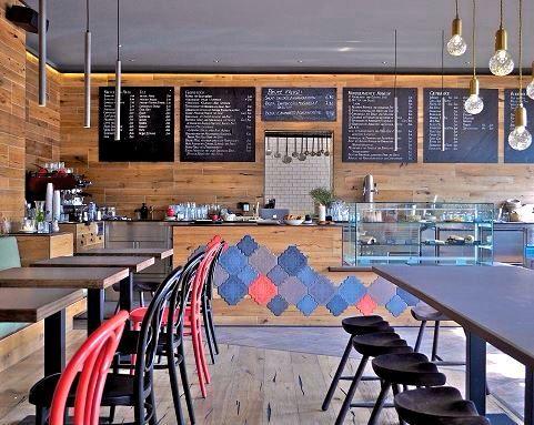 Das Milja Schfa In Berlin Friedrichshain Ist Bar Bistro Caf Und Restaurant
