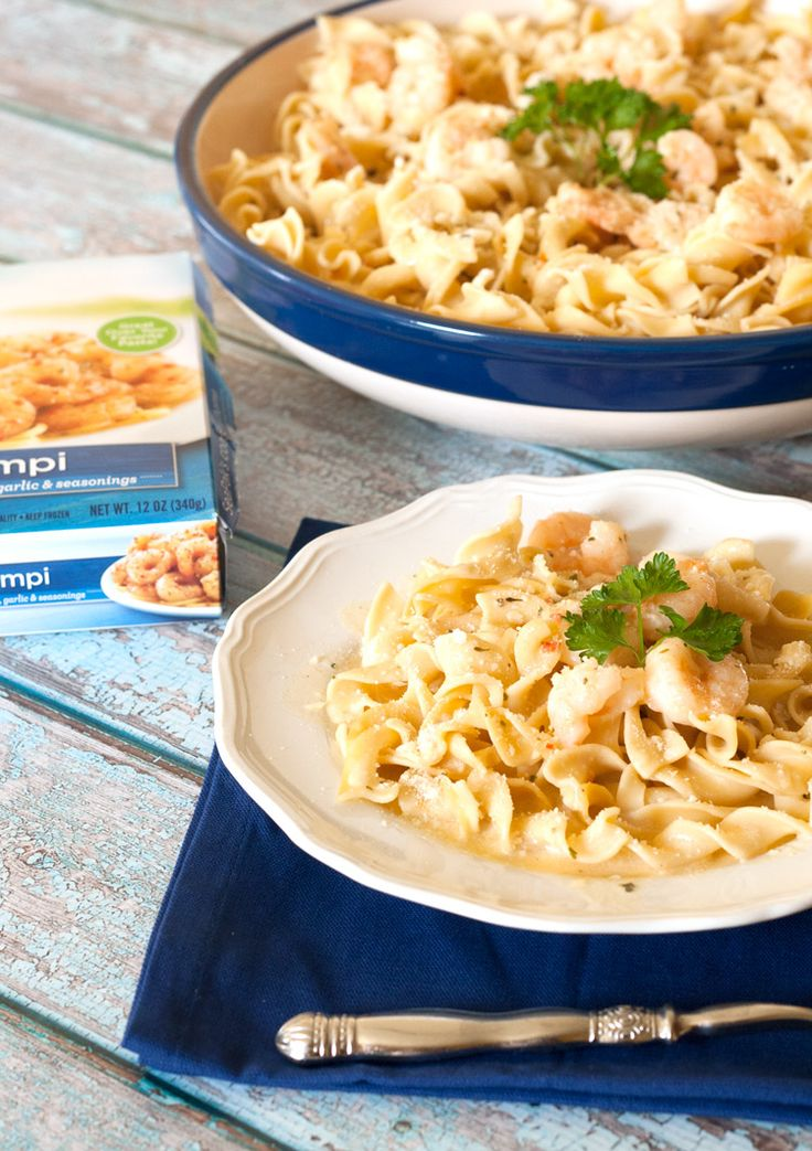 Creamy Shrimp Scampi Pasta -  The seasonings from the #SeaPak #Shrimp #Scampi sauce blend beautifully in our heavy cream sauce. Check out this blog to see a whole week worth a meal planning ideas!