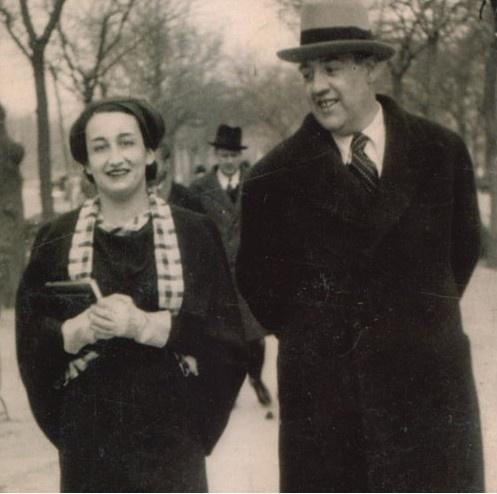 Ernestina de Champourcin con su marido, Juan José Domenchina