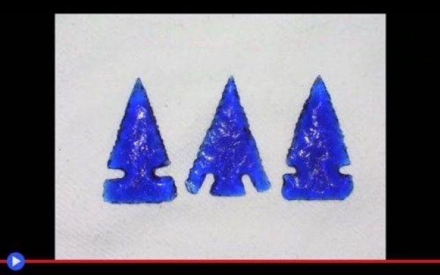 Realizziamo qualche punta con il vetro di ossidiana (Caccia)
