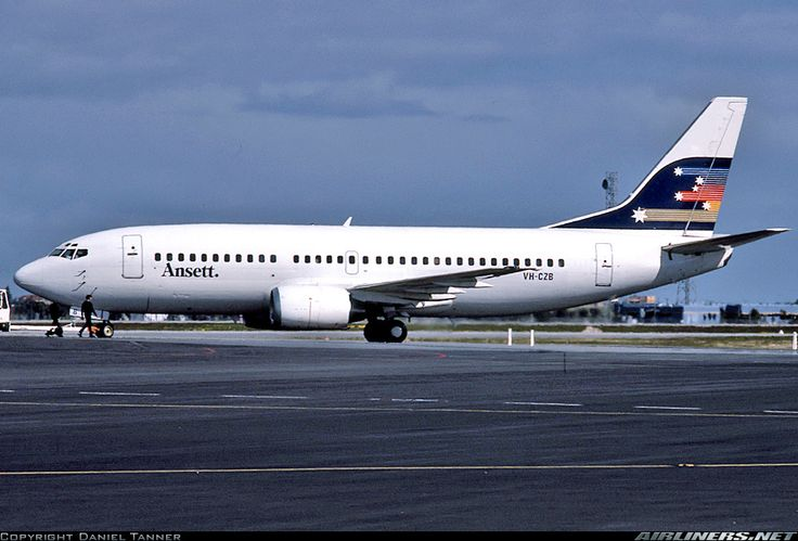 Ansett Boeing 737- 300 (VH-CZB)