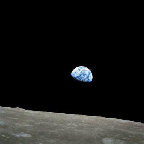 1968 Earth rise image
