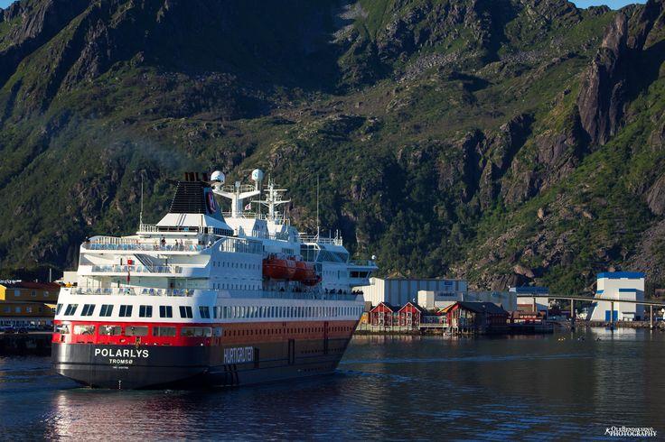 Hurtigruten in Svolvaer