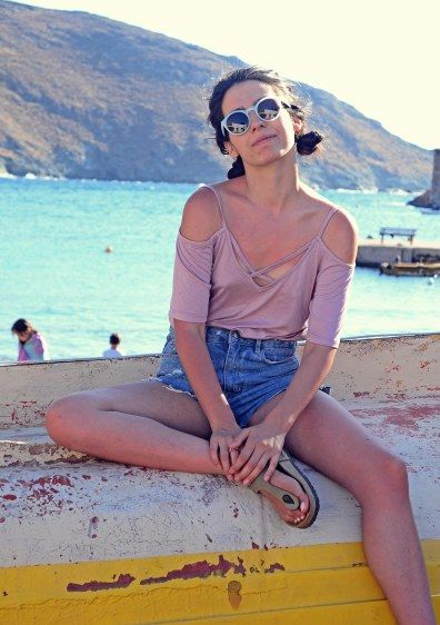 High waist denim shorts and silky top <3 The perfect summer outfit! Badila,with love! Summer Fashion