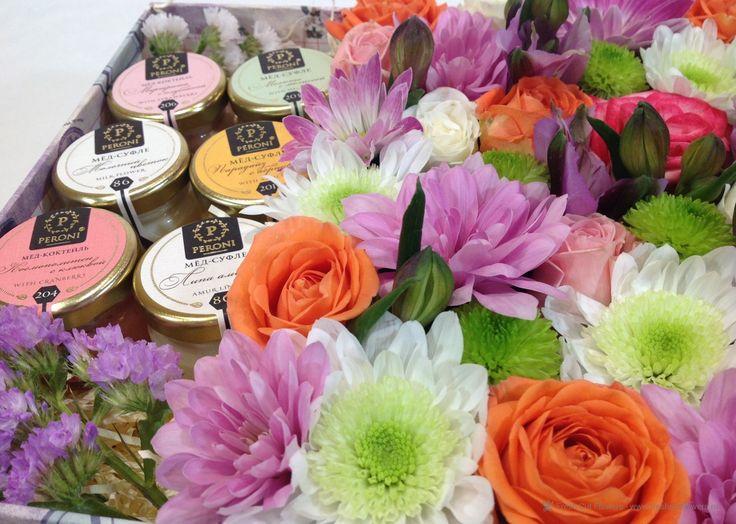 """Мед-суфле """"PERONI""""Цветы в коробках, с доставкой по Москве. Купить цветы в коробке, от FreshCutFlowers.ru Доставка цветов и подарков, Москва, Санкт-Петербург. #freshcutflowers #цветыназаказ #цветы #roses #розы #доставкацветов #флористика #цветывкоробках #flowers #букет #подарки #gifts #rosesinbox #эустома #альстромерия тел. +7 (495)642-35-24 Москва. тел. +7 (812)942-64-01 Санкт-Петербург. www.FreshCutFlowers.ru www.fcf24.com www.fcf24.ru"""