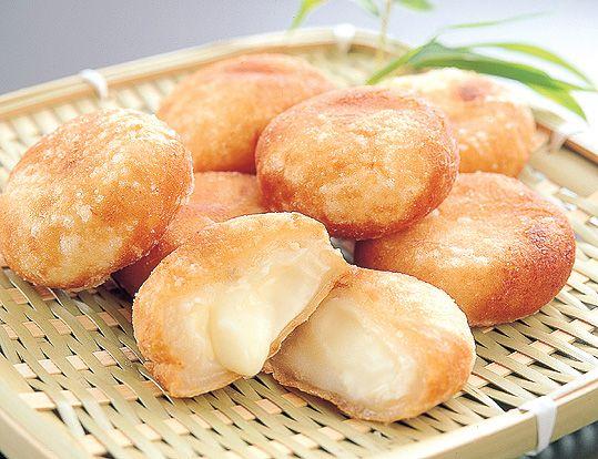 おうちで簡単!ネットで話題のもちもちとろ~りチーズレシピ♡ - Locari(ロカリ)