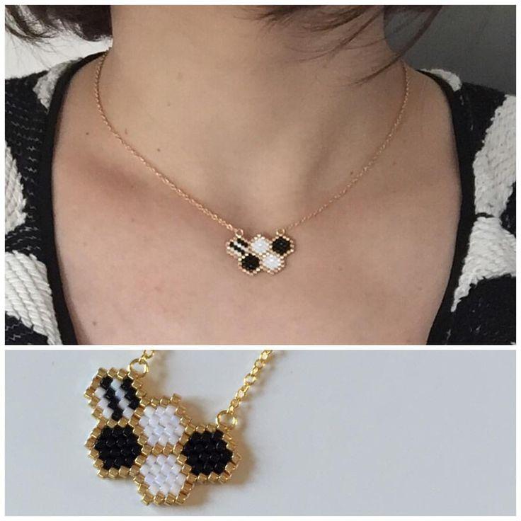 18mins montre en main ⌚️ Voici mon joli collier pour mettre au 30ans de mon chéri : thème noir et blanc ⚽️ #jenfiledesperlesetjassume #monpetitbazar #miyuki #brickstitch #themenoiretblàc #anniversaire #30ans