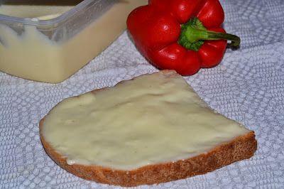 Myra's kitchen: Branza topita cu smantana de casa