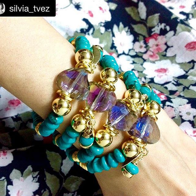 #Repost @silvia_tvez with @repostapp. ・・・ No pude evitar comprarlas, me encanta @macabeojoyas  WhatsApp 3106808424 - 3103310343 #siempreimpactante #girls #fitness #party #instago #all_shots #eyes #night #beach #look #sky #nice #baby #hot #pink #shoutout #christmas #throwback #makeup #black #20likes #dog #colorful #photo #day #blue #likes #new #ootd