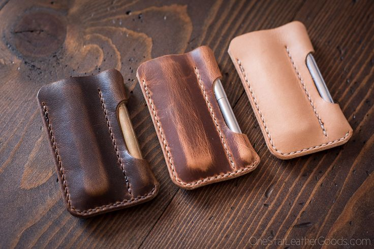 A simple EDC case to protect your pocket knife and Fisher Space Pen in Horween veg tanned leather. Works great with Great Eastern Cutlery traditional slip joint knives. If you are looking for the premium version of this product, check it out in Horween shell cordovan here: https://onestarleathergo