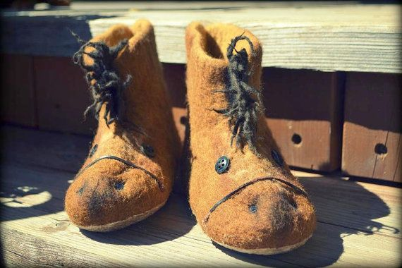 wool felted kids slippers - horses