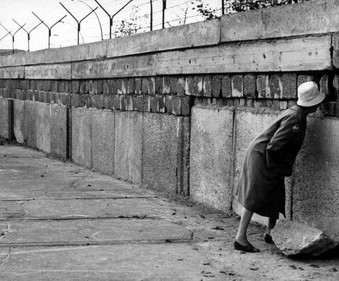 Building The Berlin Wall Crossword