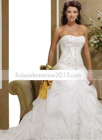 Robes de mariée Décolleté Coeur A-ligne  Princesse Sans Manche traîne Chapelle Organza
