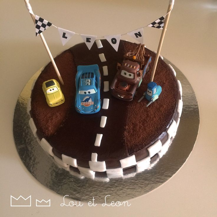 The cake i Made for the Cars Birthday Party! Birthday party, cars, cake, lighting McQueen