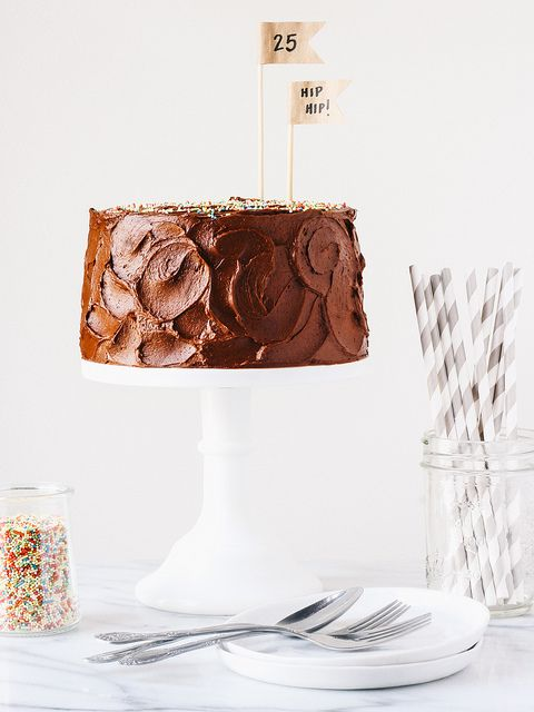 yellow cake with creamy chocOlate frosting
