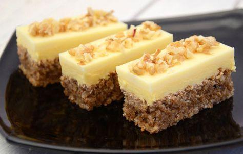 Prajitura cu blat de nuci si crema de galbenusuri