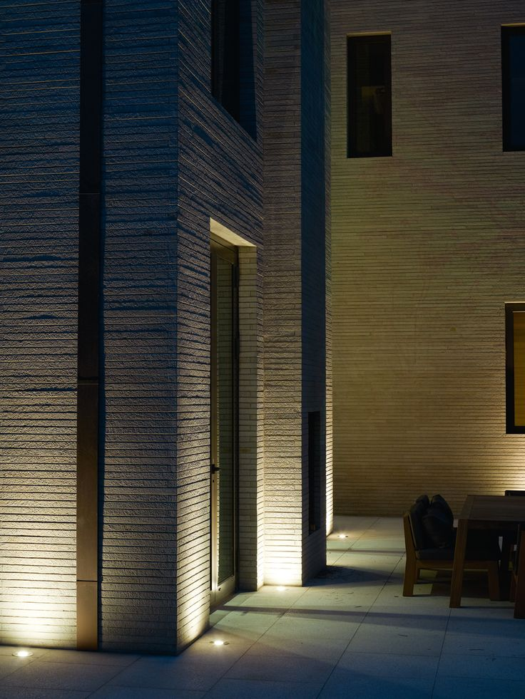 Piet boon styling by karin meyn private residential for Residential exterior lighting design
