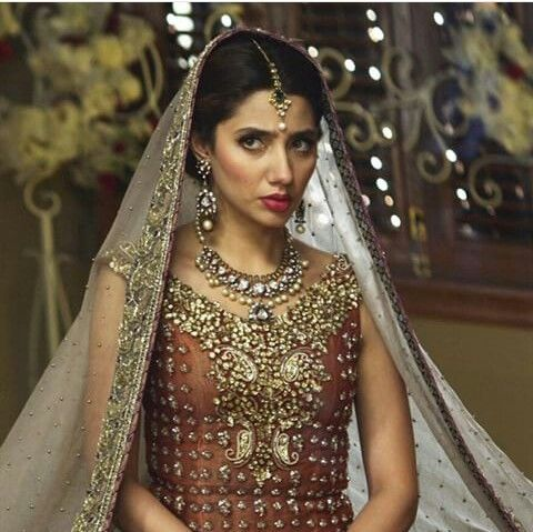 Pakistani actor Mahira Khan, wearing Èlan, in a scene from her film 'Bin Roye'.