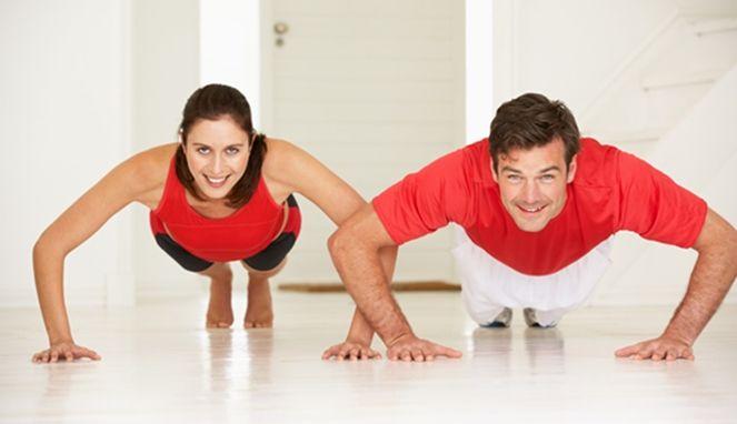4 Latihan Singkat namun Mampu Kecilkan Perut  http://journal.20fit.co.id/fitness/4-olahraga-untuk-kecilkan-perut/