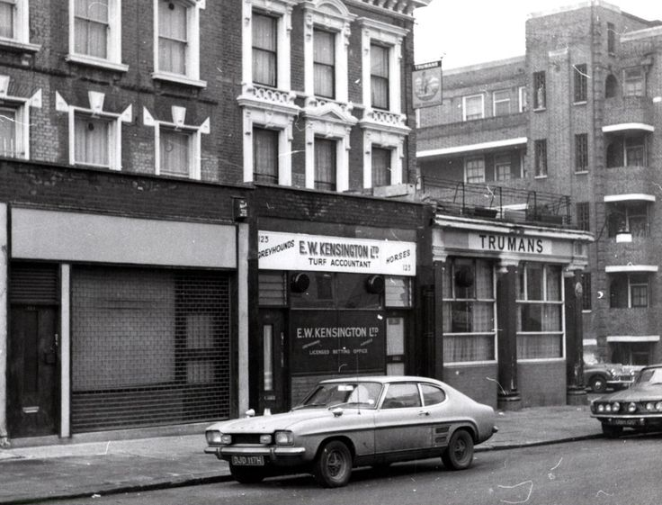 A Ford Capri in Clarendon Road, Notting Hill, c. 1971.