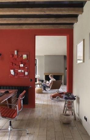 Red wall via Flexa