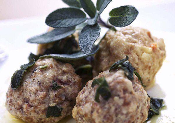 GOURMANT MAGAZINE •  Canederli con Burro, Parmigiano e Salvia