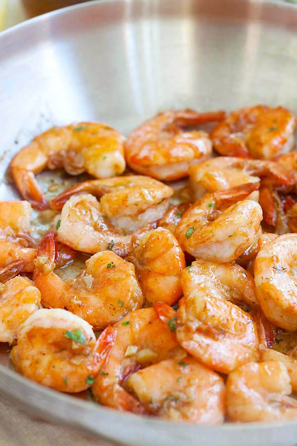 Hawaii-Shrimps, Scampi - Knoblauchbutter sautierte Garnelen mit Zitronensaft und Weißwein.  Diese Hawaii-Scampi Rezept ist so gut |  rasamalaysia.com