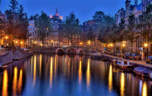 #Christmas Holidays in #Amsterdam #alternativetravel #europe #tourism