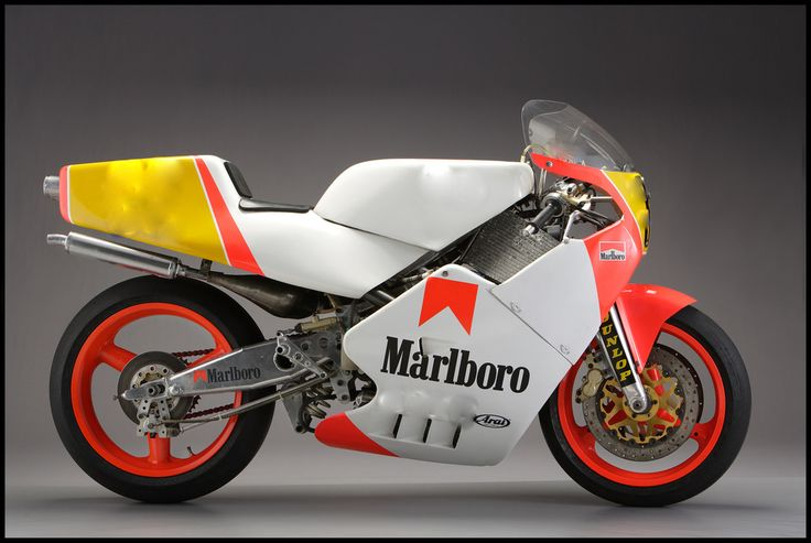 This 300km/h race bike is typically unusual: check out the front suspension, a wishbone-style arrangement with a Koni shock absorber. The engine was also French, designed and built by JPX of Le Mans. It was a liquid-cooled two-stroke inline four, tuned to deliver 150bhp at 12,300rpm. The Fior 500 was assembled in Nogaro, and was ridden by the late Swiss racer Marco Gentile at the 1988 Japanese GP