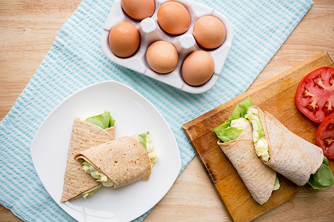 This delicious skinny egg salad recipe uses Greek yogurt to cut down on all the calories and fat of mayonnaise and traditional egg salad!