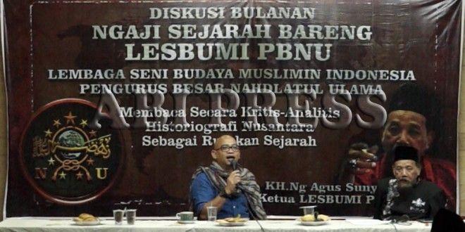 "Agus Sunyoto: Lebih Kritislah Membaca Sejarah Nusantara http://goo.gl/eJ5KhD  ""Maka langkah awal yang dibikin oleh Belanda adalah Babad Kediri dan itu usaha untuk mendiskreditkan Walisongo,"" KH.Ng Agus Sunyoto"