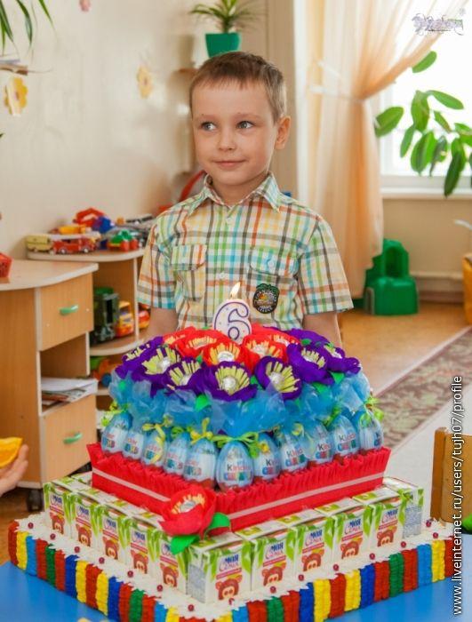 торт из конфет киндер - Поиск в Google