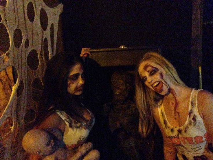 Hooter's Zombie's Girls at Blind Scream Haunted House 2014-Rohnert Park, Ca