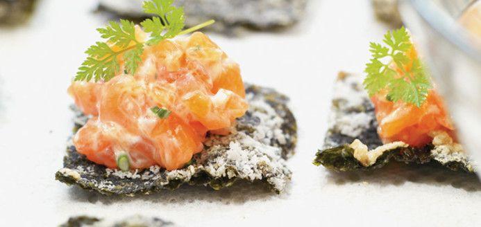Tartare de saumon sur algue nori frite Recettes | Ricardo