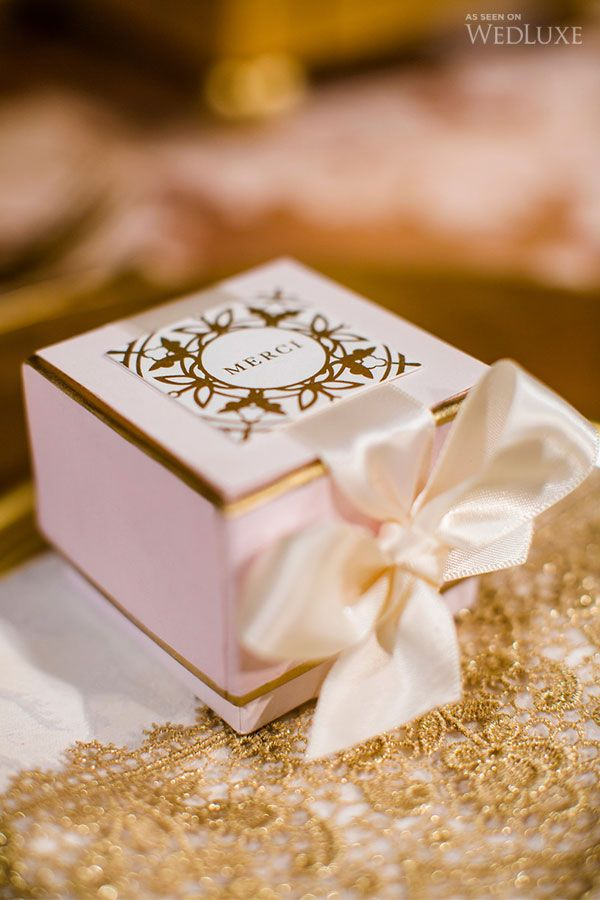 Best 20 Wedding favor boxes ideas on Pinterest Macaroon favors