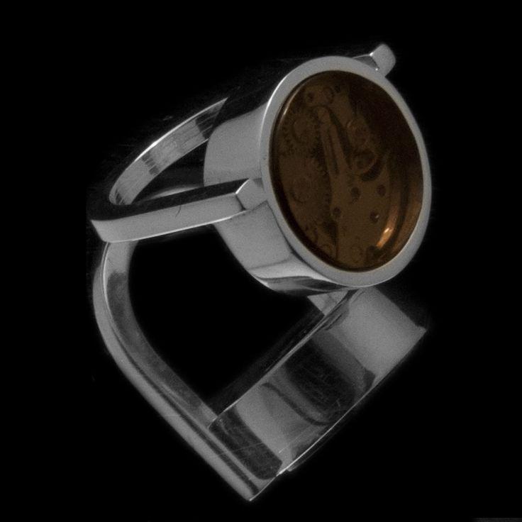 Around Time 9 (ring) 2012 Sterling Silver 25 gr, Brown Plexiglas